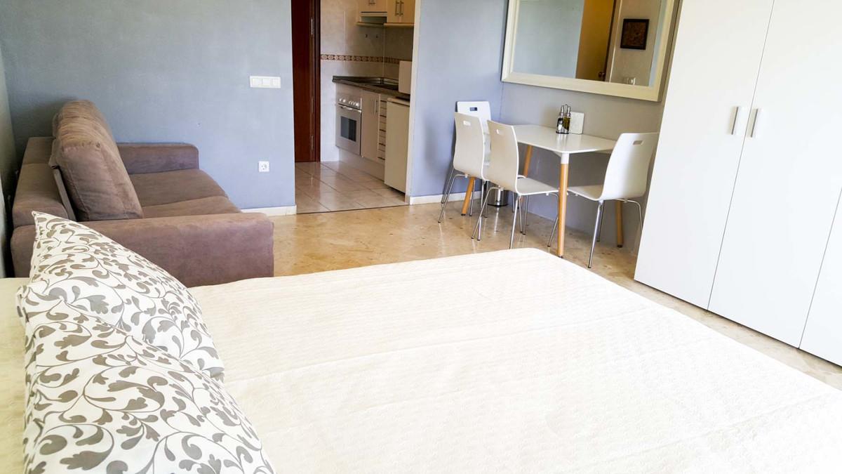 Apartamento en Venta en Marbesa – R3874186