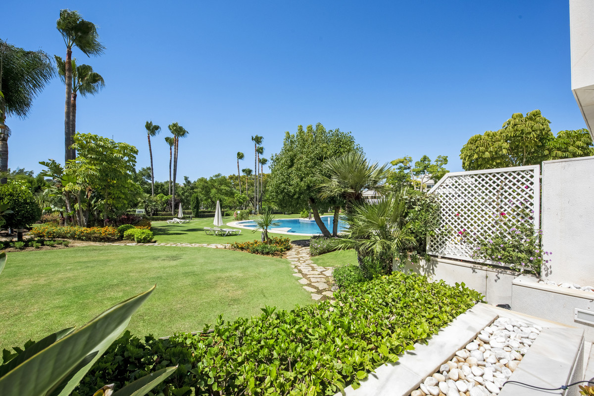 Grand apartment with a villa feel in the popular gated urbanization of Los Granados Golf directly fr,Spain