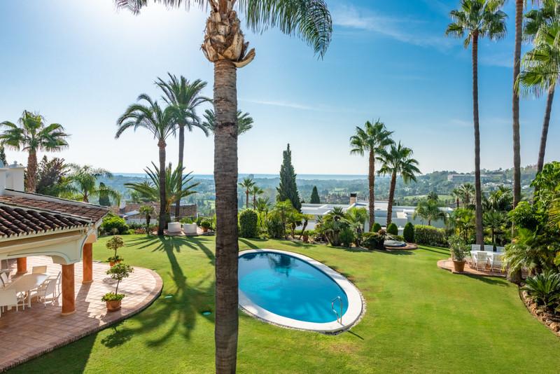Villa – Chalet, Nueva Andalucía – R3515587