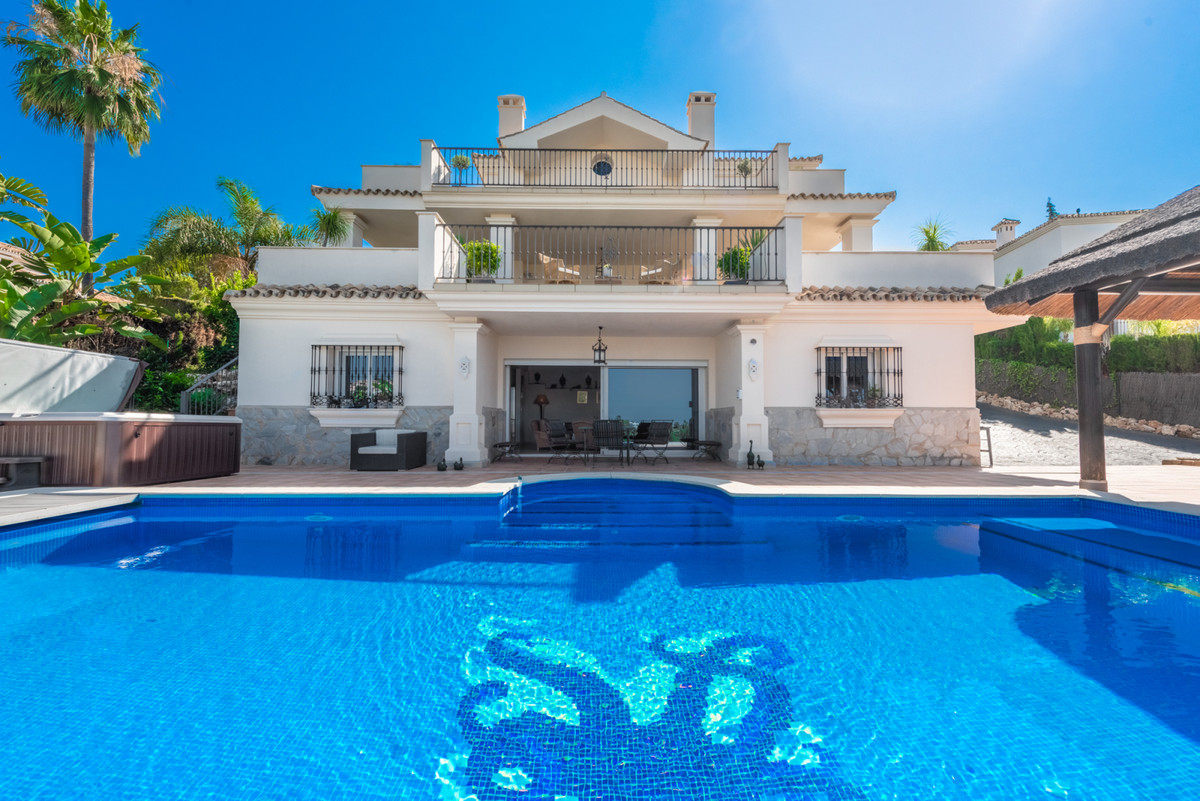A special very well built family villa on an elevated plot in Super Manzana H, Nueva Andalucia. You ,Spain