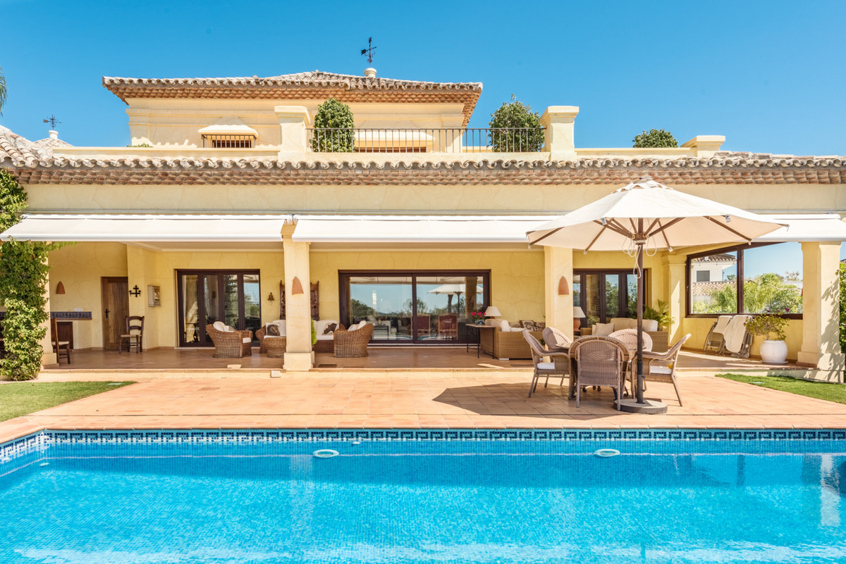 A fantastic Mediterranean family villa in the heart of the Golf Valley enjoying beautiful views and ,Spain