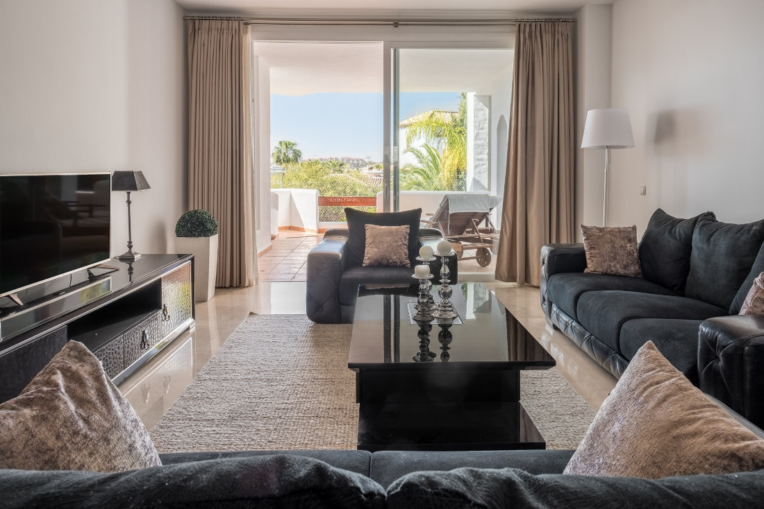 A beautiful apartment in the popular complex of Las Tortugas. Recently the apartment was fitted with, Spain