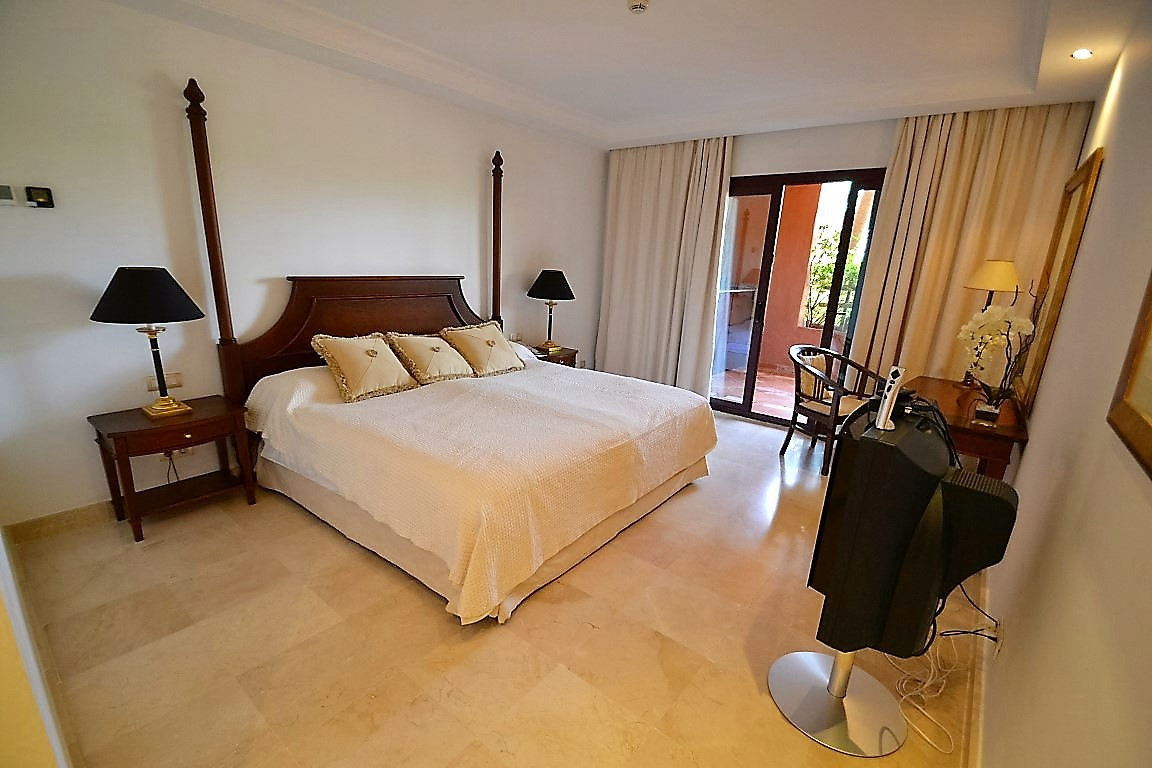 2 Bedroom Apartment for sale New Golden Mile
