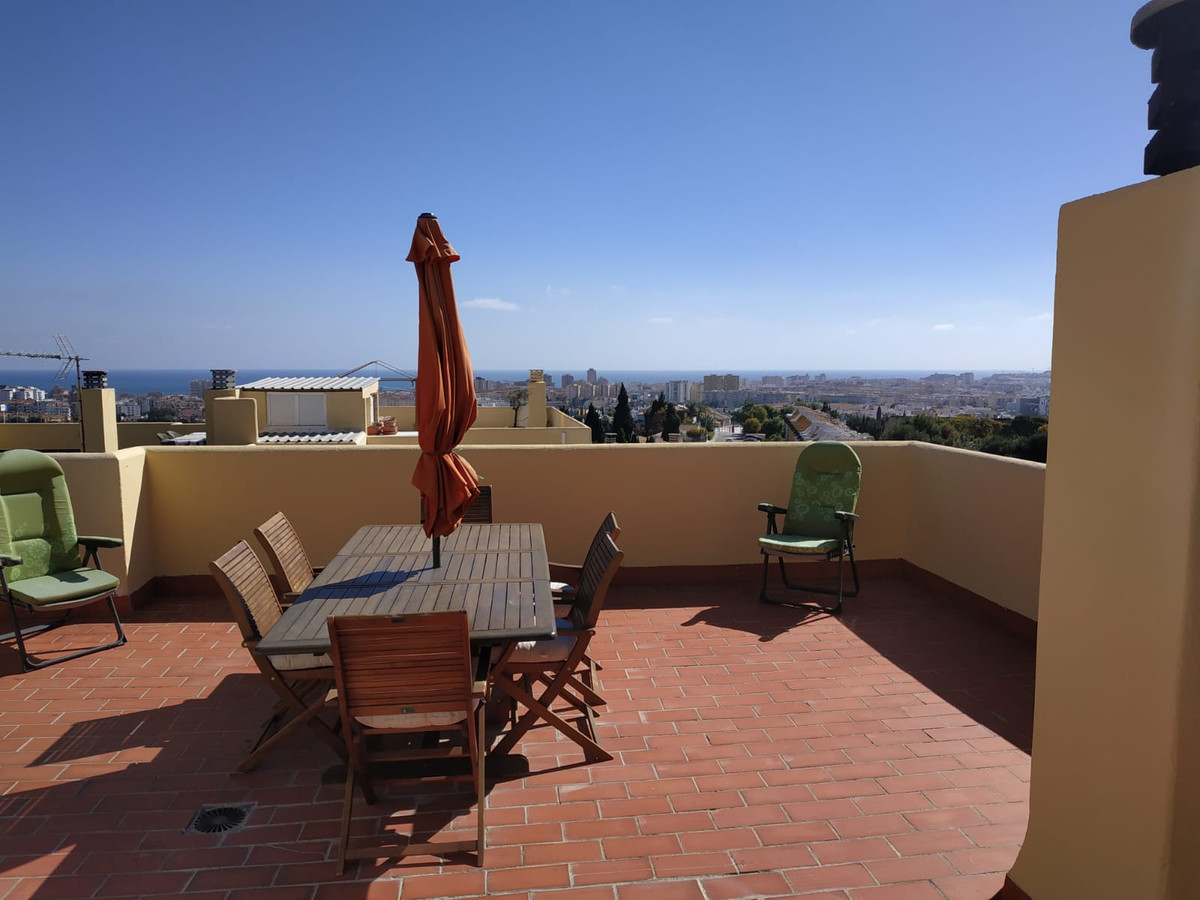 Two bedroom apartment (2nd floor) with roof terrace and spectacular 360 degrees views on the mountai,Spain