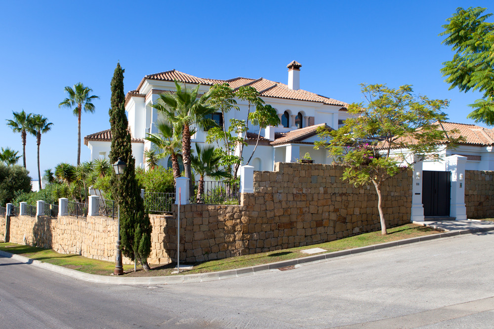 Villa Detached in Los Flamingos, Costa del Sol