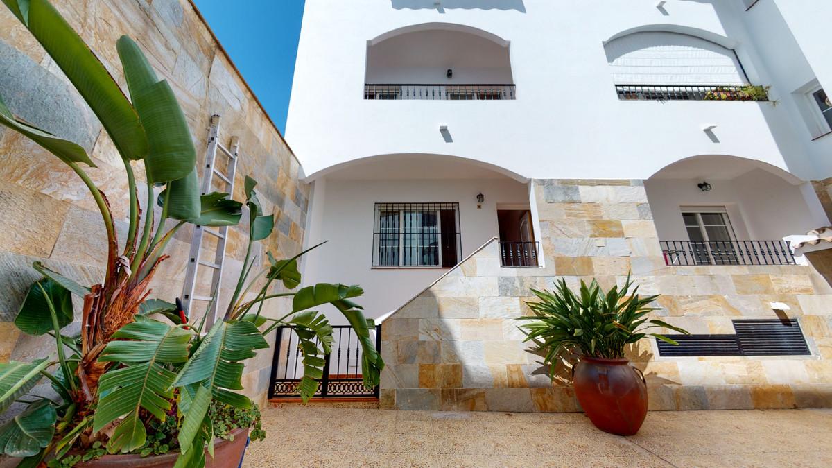 Duplex in the center of Mijas Pueblo It has 2-3 bedrooms, 1 bathroom and an American kitchen directl,Spain