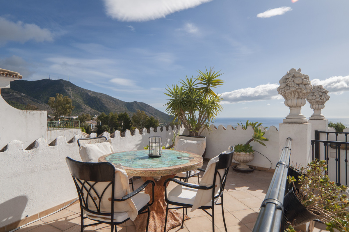 Apartment for sale in the heart of Mijas Pueblo offering large terraces, 3 bedrooms, and panoramic s,Spain