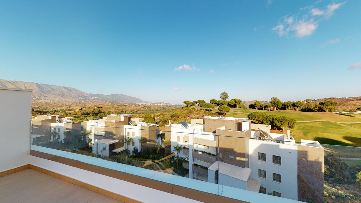 STUNNING, LUXURY LA CALA GOLF TOWNHOUSE FOR SALE! 439.000€!  This 3 bedroom (1 ensuite) 2 bathroom 1, Spain
