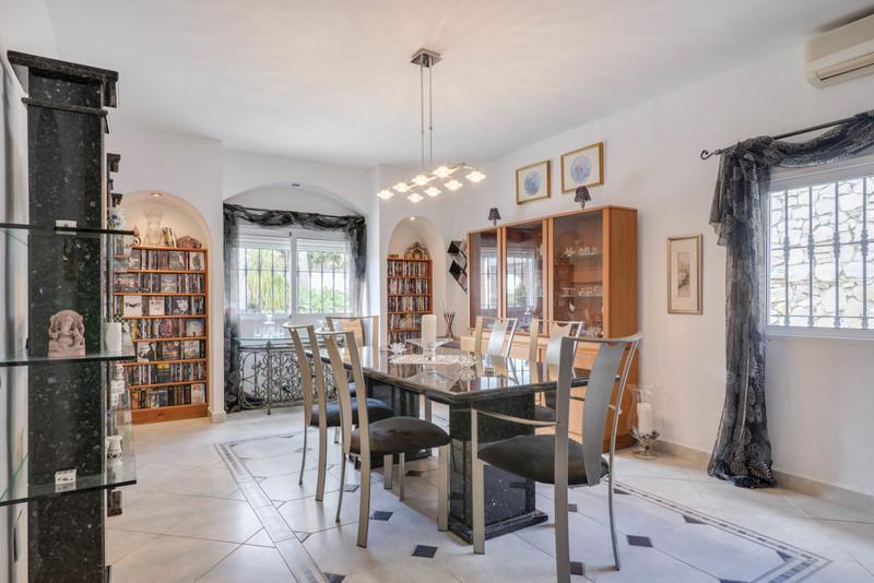 Villa – Chalet a la venta en Mijas – R3400420
