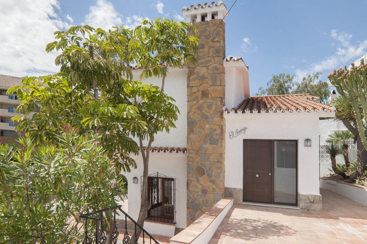 Villa 4 Dormitorios en Venta Torreblanca
