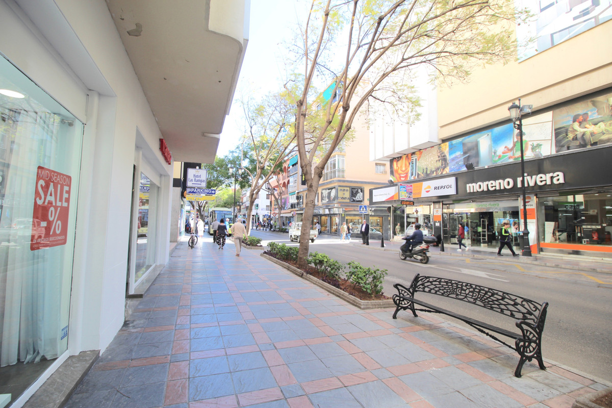 1 bedroom commercial for sale fuengirola