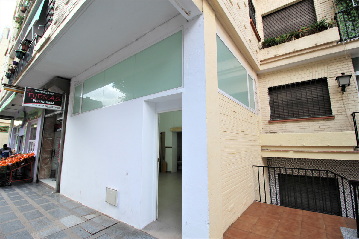 Unique Opportunity in Torremolinos center!  The Location of this property is everything you need to , Spain