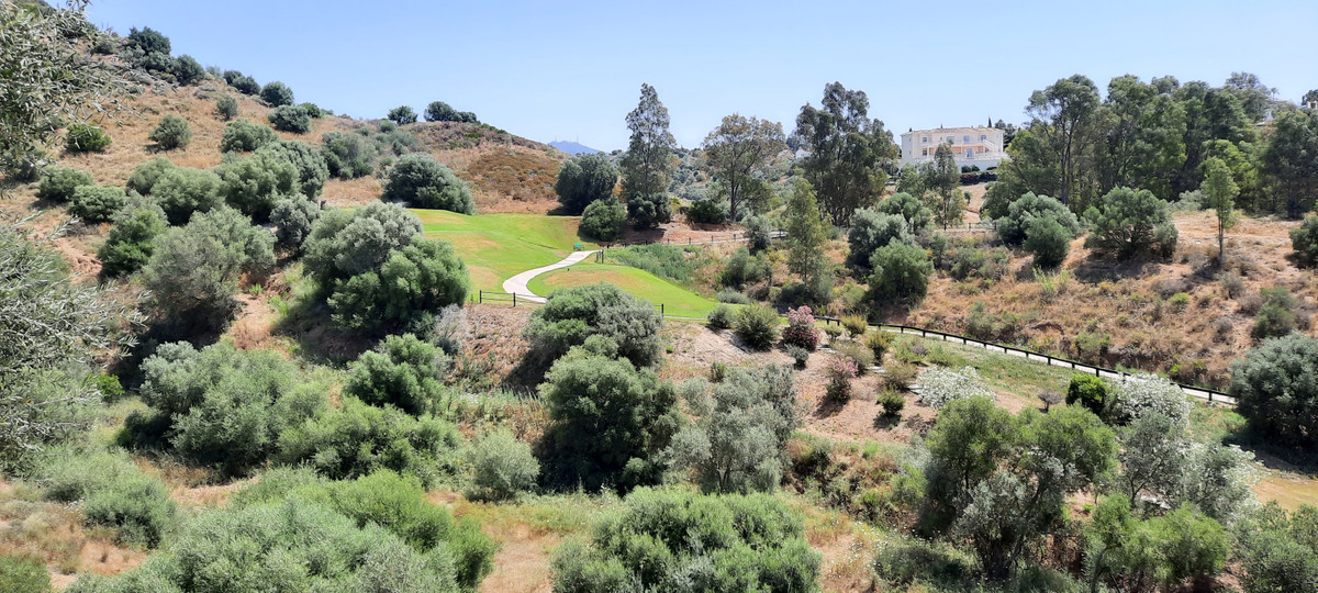 Plot of land of 1800 sq mtrs able to be subdivide into 2 plots,Spain