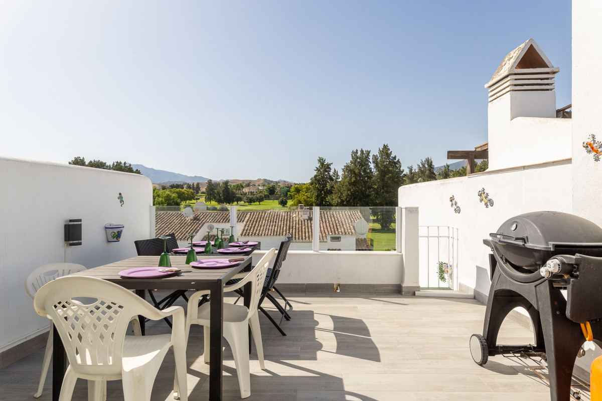 Charming townhouse for sale in one of the most popular residential area of Mijas Golf. It is perfect, Spain