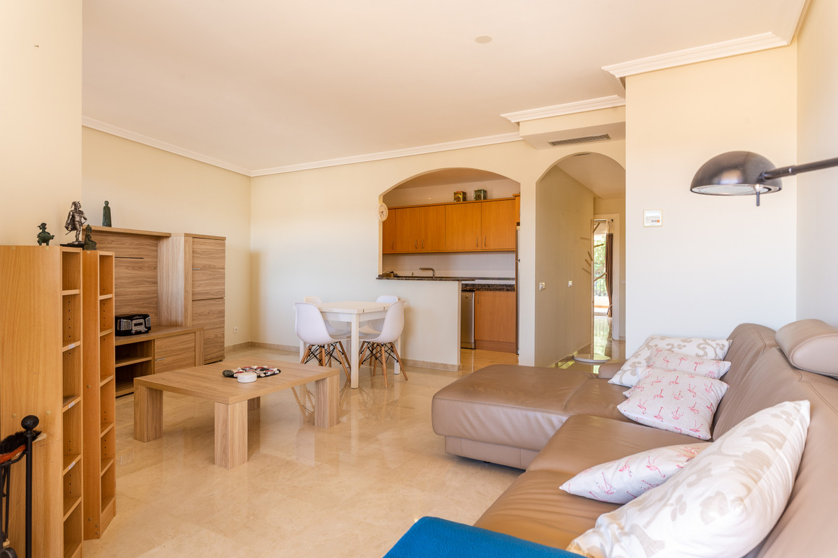 Spacious first floor apartment in Duquesa with panoramic views situated on the well maintained gated,Spain