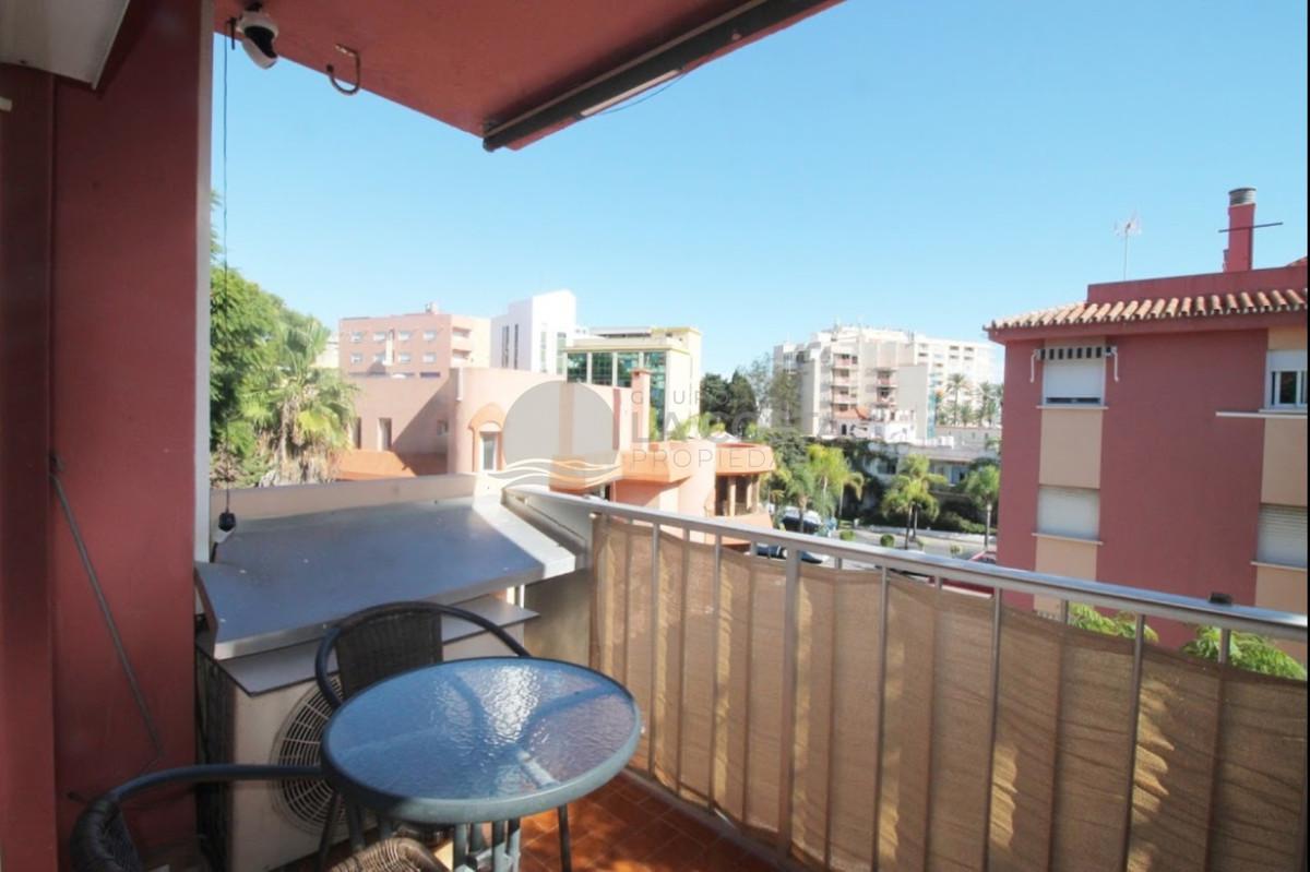 Appartement  Mi-étage en location  à Torremolinos Centro