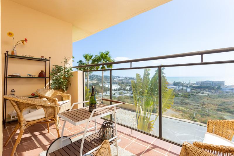 Marbella Banus Apartamento Planta Media a la venta en La Cala de Mijas – R3393685