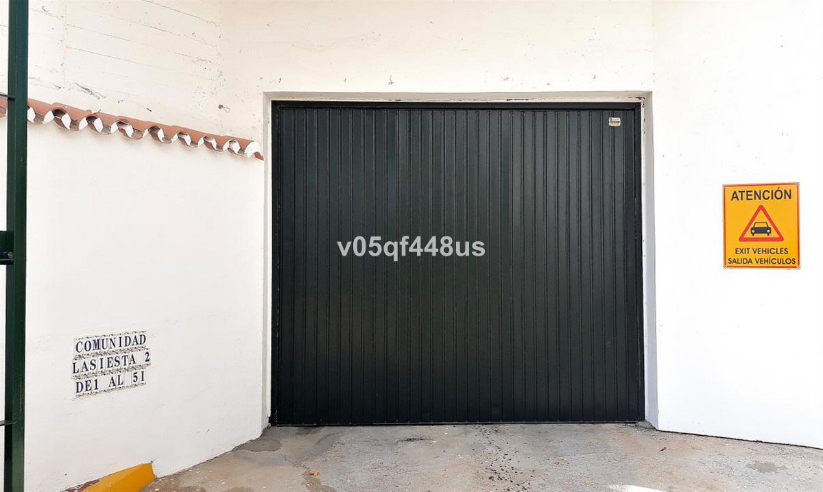 0 Bedroom Garage Commercial For Sale Calahonda