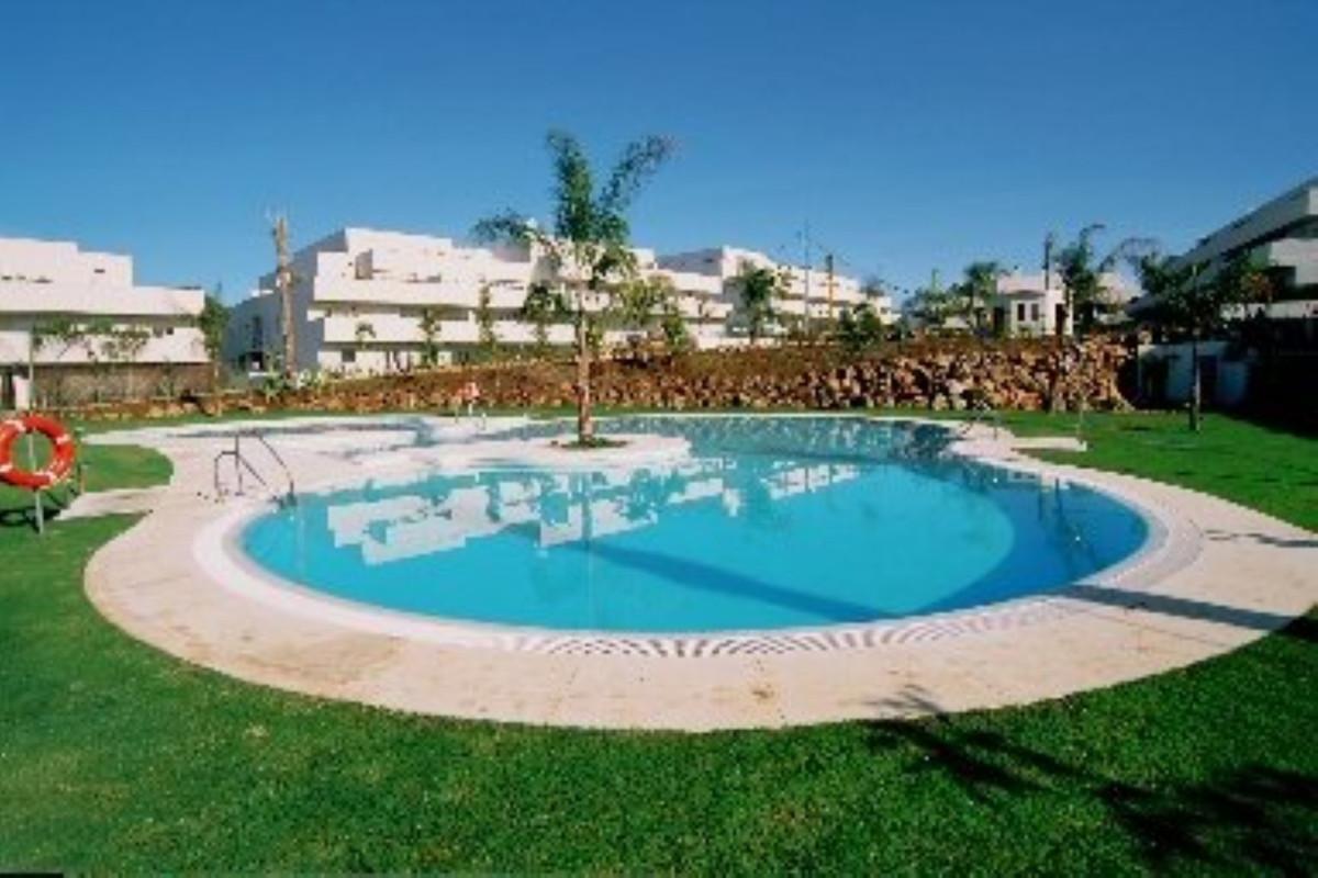 Marbella Banus Apartamento Planta Media en Venta en Nueva Andalucía – R3351955