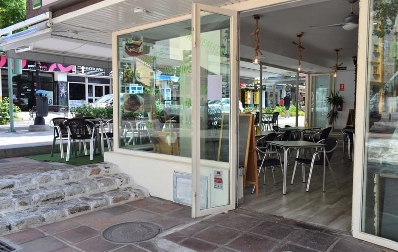 Marbella Banus Restaurant a la venta, Fuengirola – R3509503