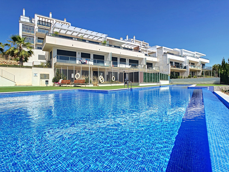 Middle Floor Apartment in Orihuela Costa for sale