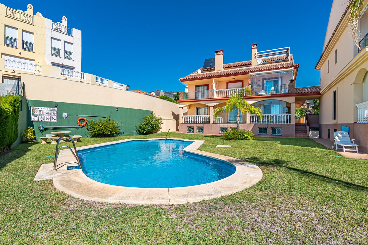 3 Bedroom Terraced Townhouse For Sale Torreblanca