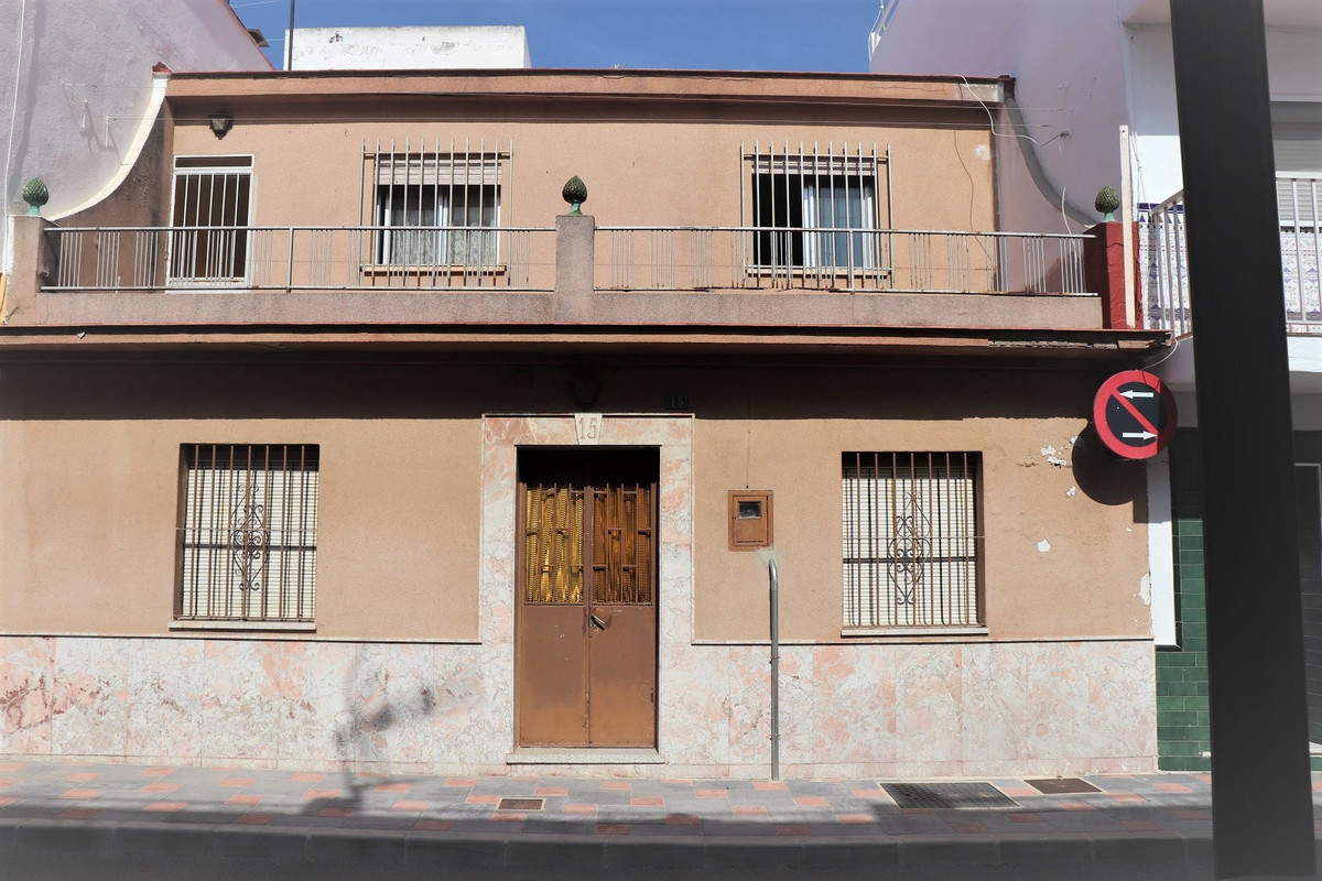 """Spanish style town house """"casa mata"""" in a very good location in Los Boliches, Fuengirola. ,Spain"""