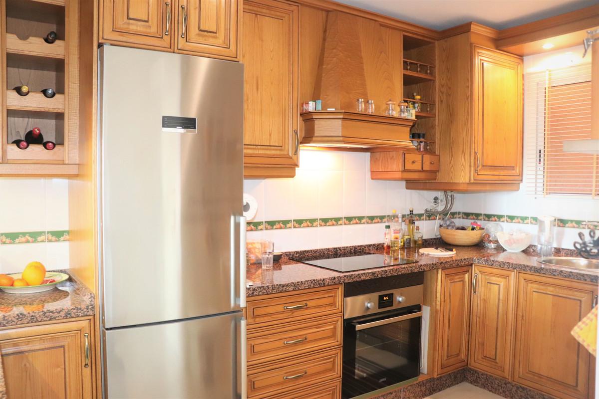 Apartamento en Venta en Marbella – R3614738