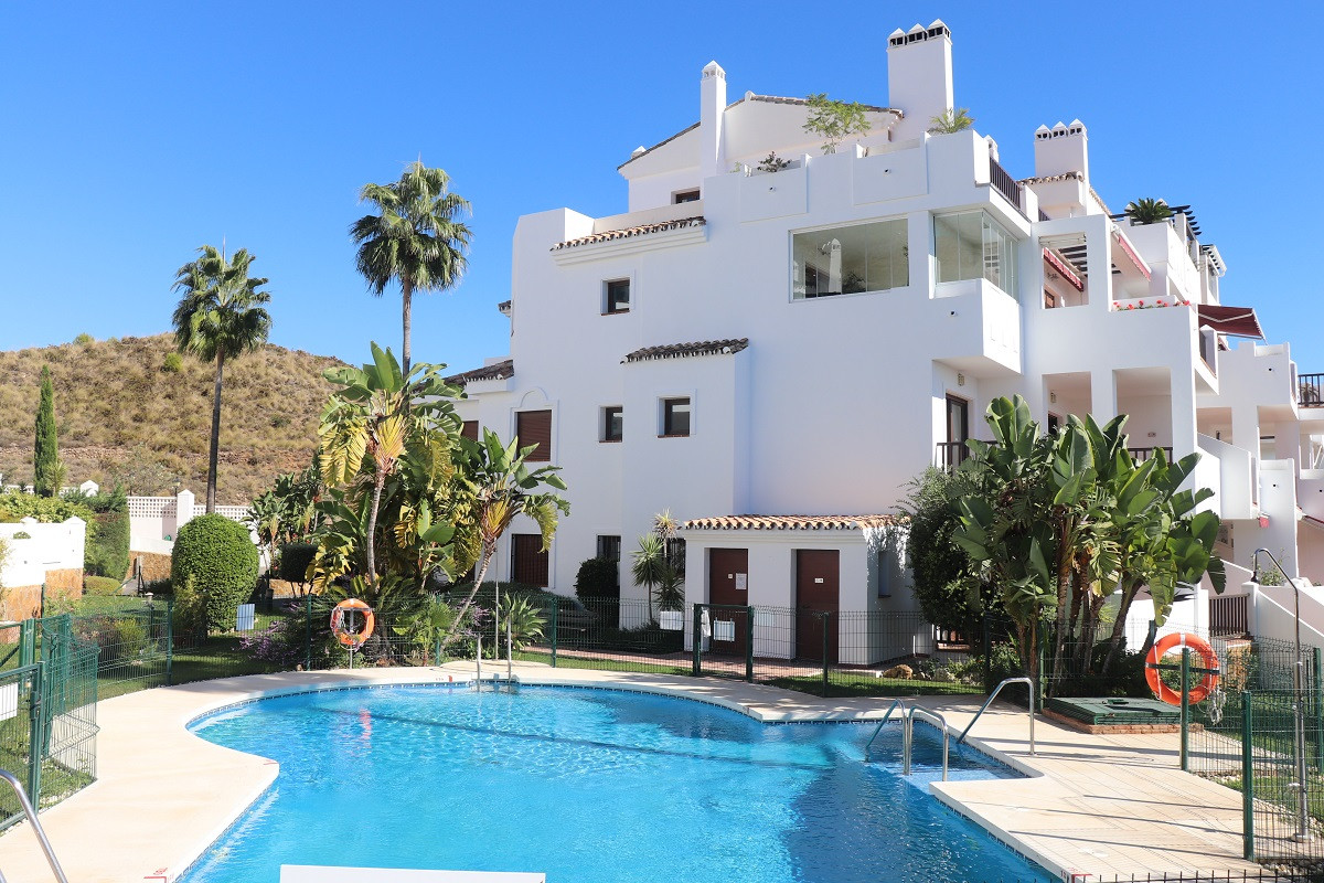 Spacious and modern apartment in a small block of flats on the way up to Mijas Pueblo. The property ,Spain