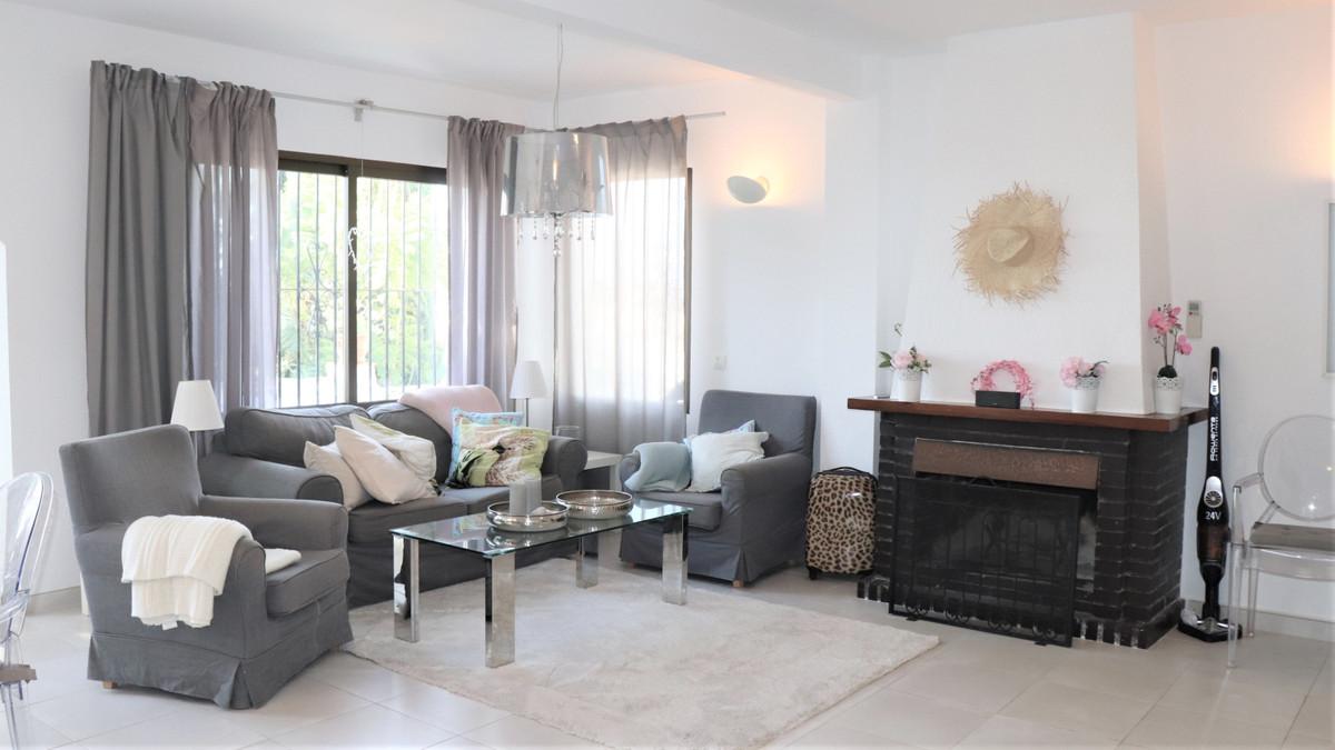 Sales - Detached Villa - Fuengirola - 9 - mibgroup.es