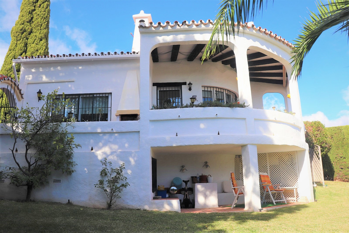 Charming villa close to all amenities. Very nice area and absolutely fantastic view to the sea and m,Spain