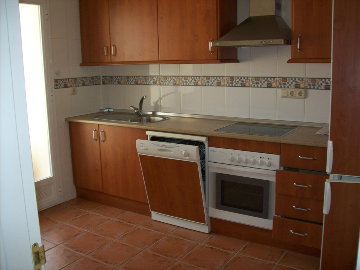 Adosada en Venta en El Rosario – R3369403
