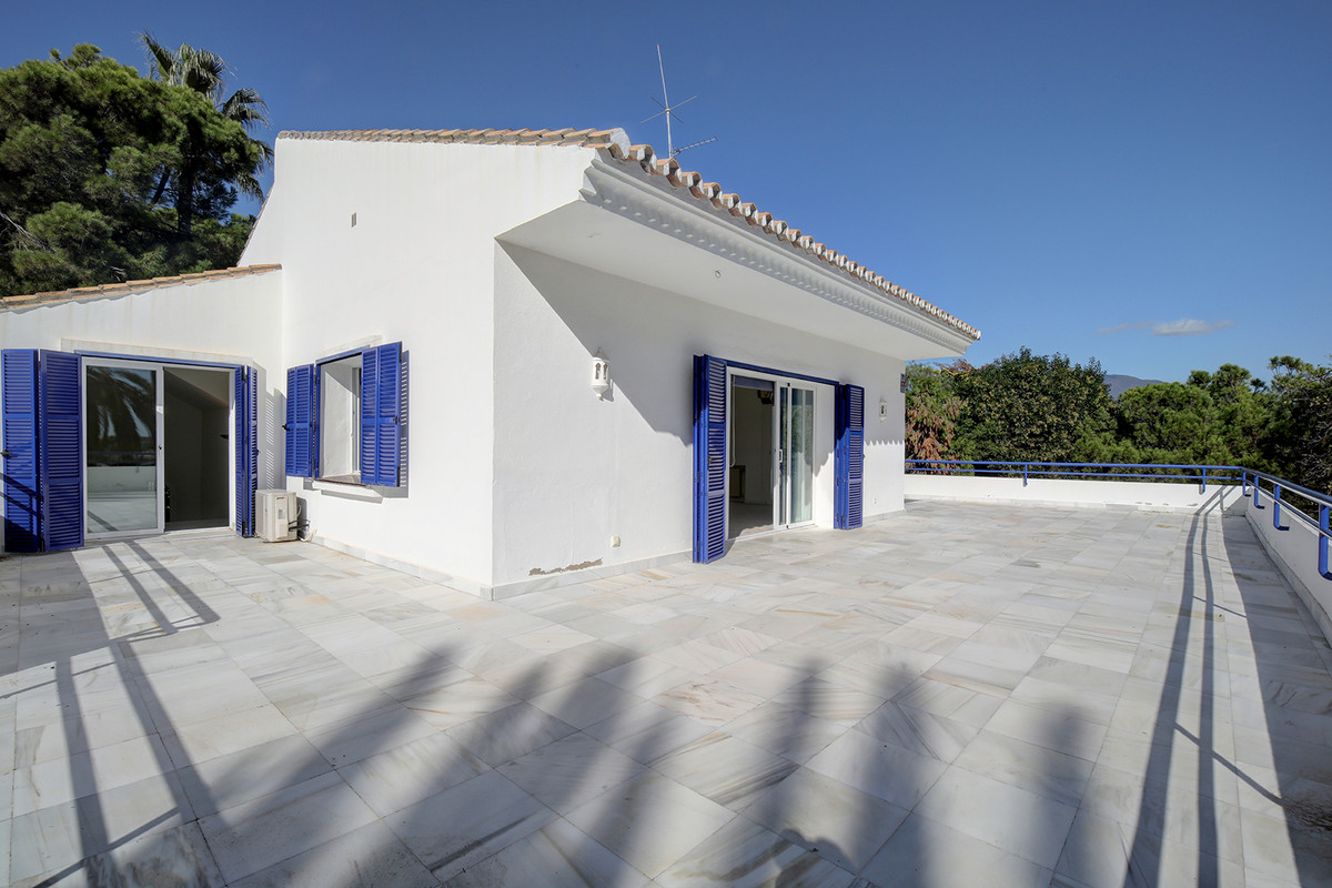 7 Bedroom Detached Villa For Sale Las Brisas