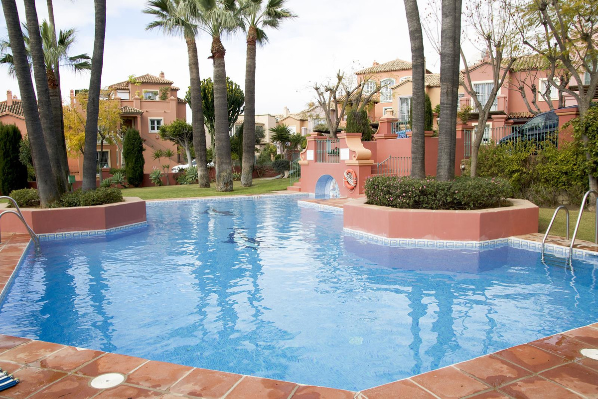3 Bedroom Terraced Townhouse For Sale La Quinta