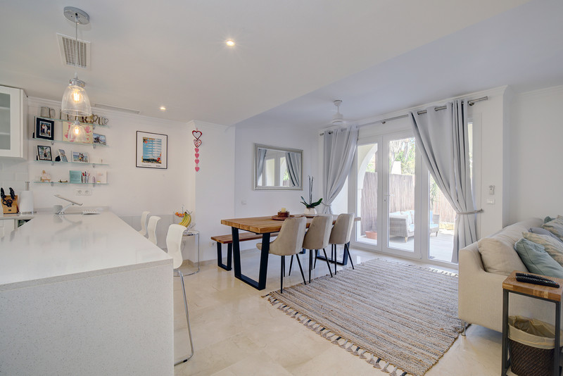 3 Bedroom Semi-Detached House for Sale, Puerto Banús