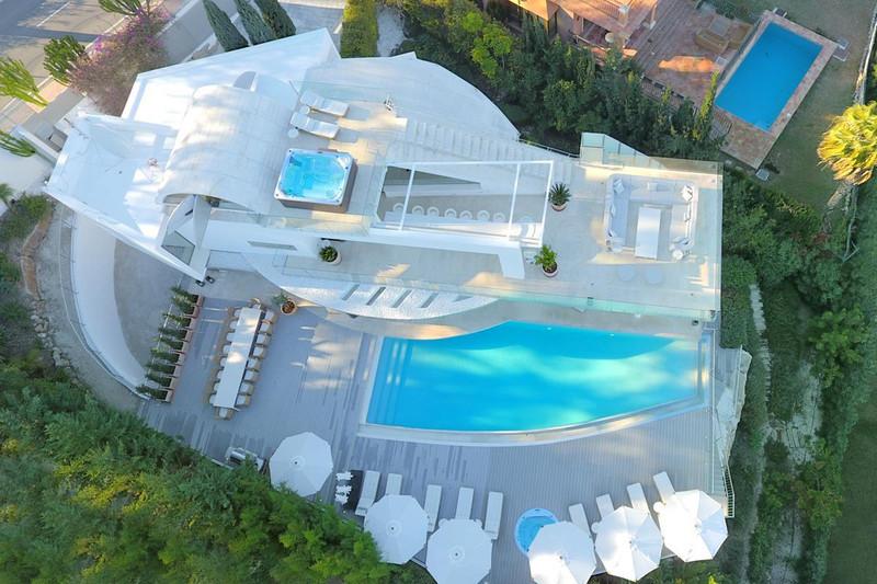 7 Bedroom Detached Villa for Rent, Nueva Andalucía