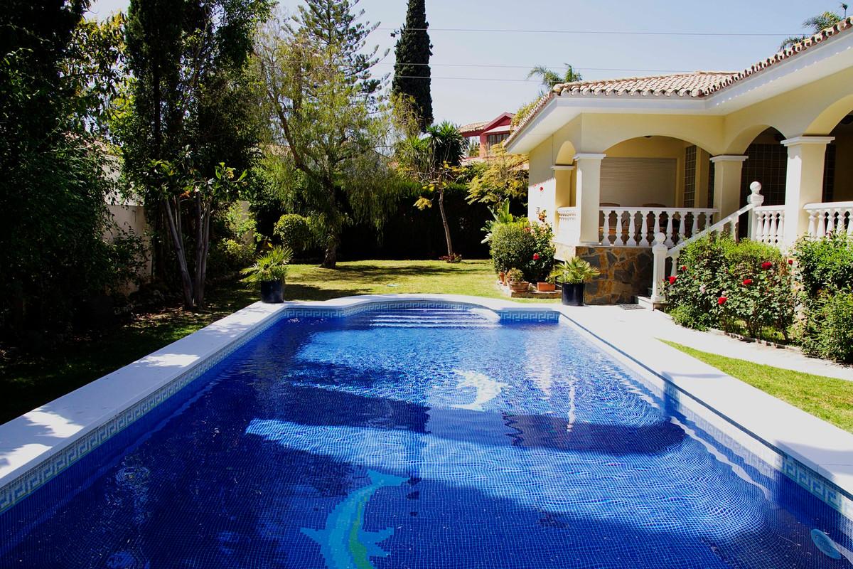Detached Villa for sale in Guadalmina Alta R3170488