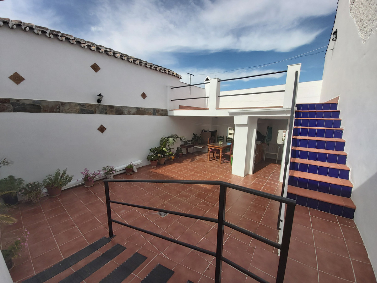 Ref:R3619538 House - Townhouse For Sale in Coín