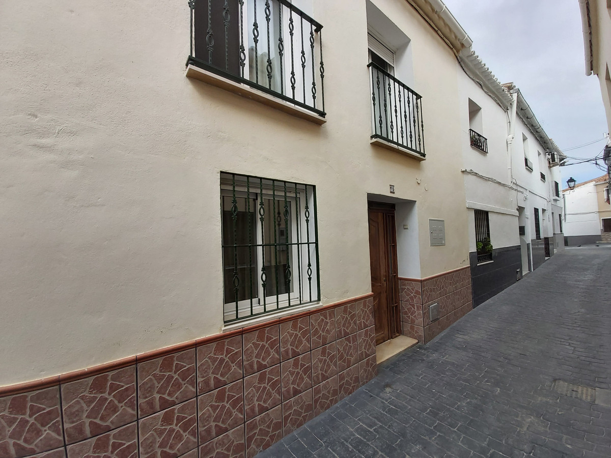 Ref:R3612068 House - Townhouse For Sale in Coín