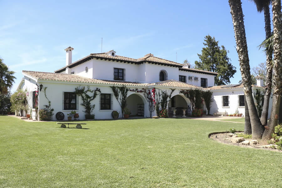 REDUCED BY 100,000€  A unique cortijo of top quality construction and in excellent condition with pa,Spain