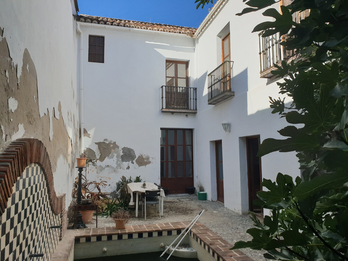 Ref:R3520291 House - Townhouse For Sale in Coín
