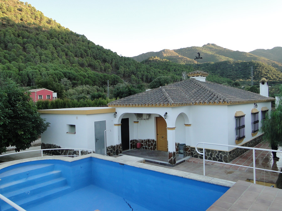 Beautiful rustic property in the Sierra de Coin.  Built to a high standard, comprises three bedrooms,Spain
