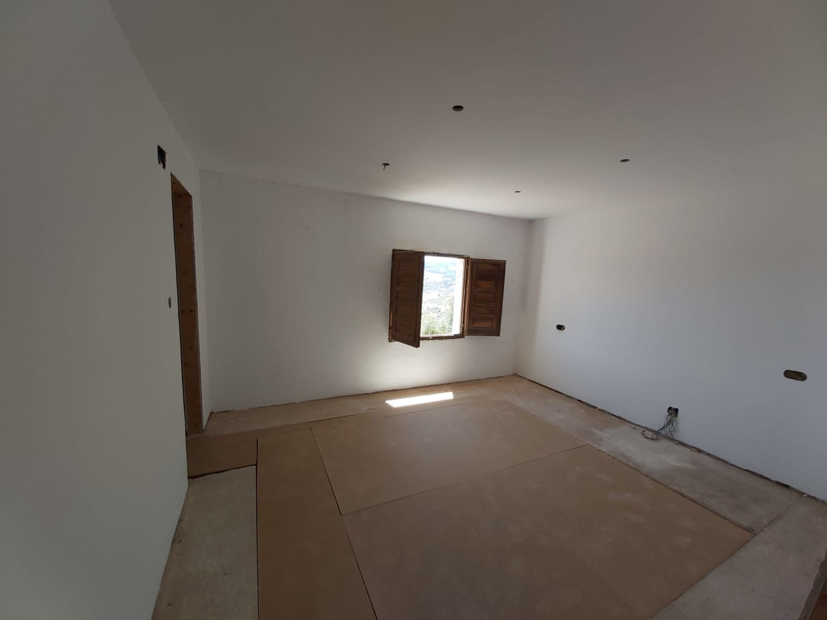 4 Dormitorio Finca Villa En Venta Tolox