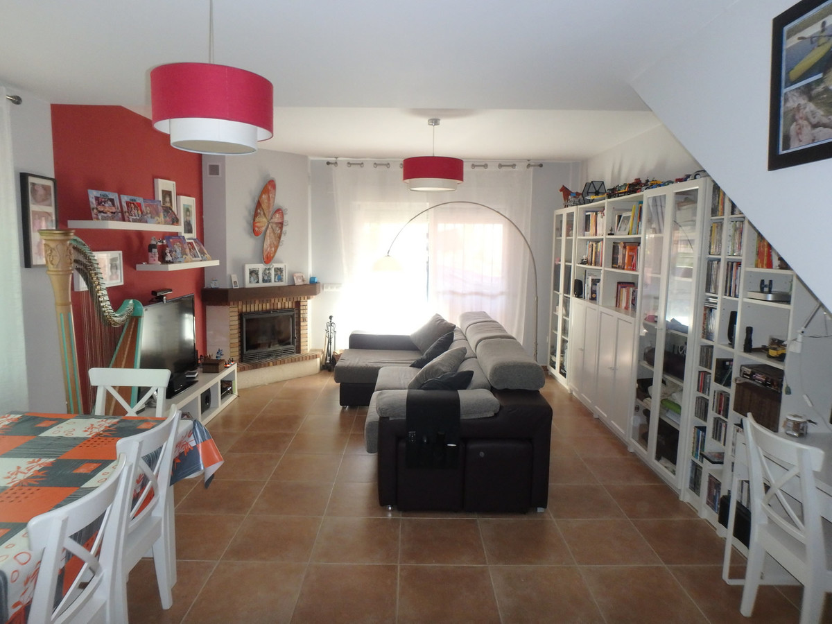 Ref:R3530740 House - Townhouse For Sale in Pizarra