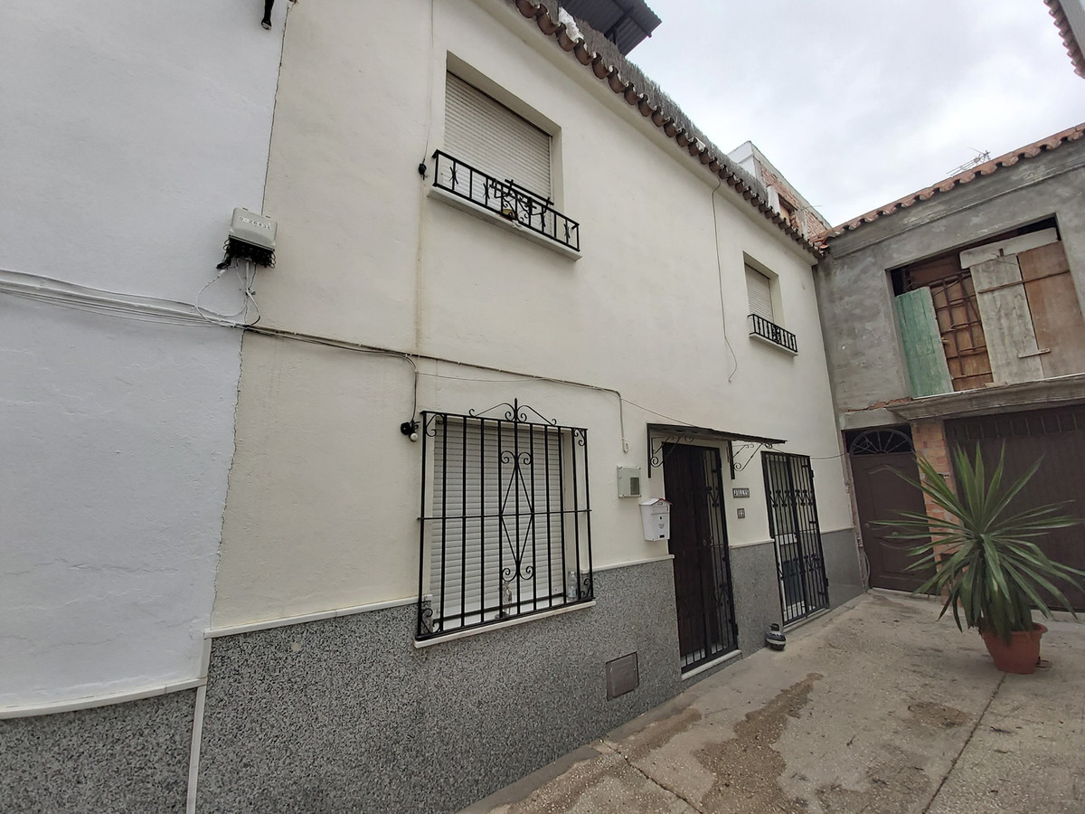 Ref:R2893316 House - Townhouse For Sale in Coín