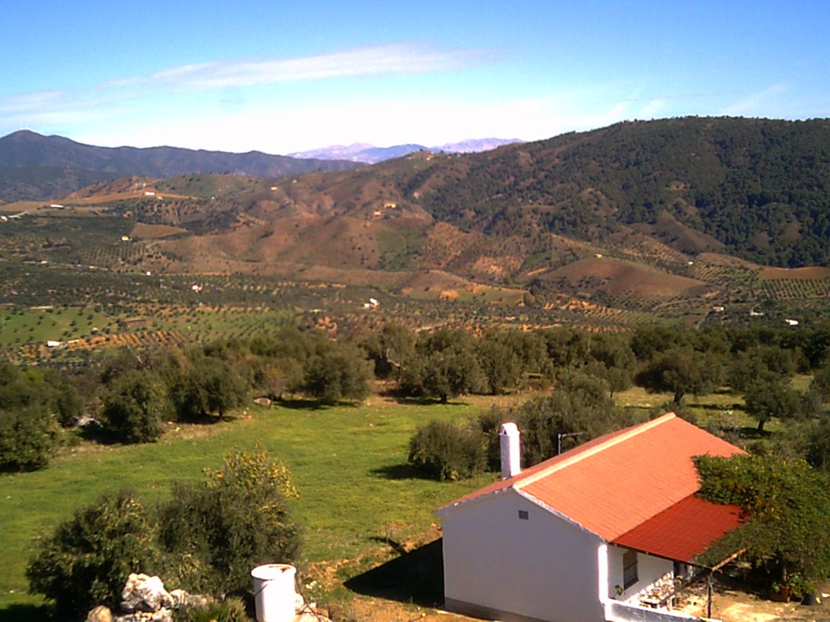 Traditional Spanish finca on a beautiful plot with stunning panoramic views.  The house comprises 2 , Spain