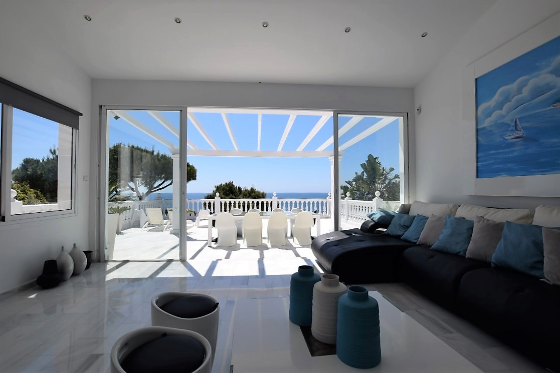 Just reduced from 1.990.000 euros! This unique, luxurious and modern villa with sea and mountain vie, Spain