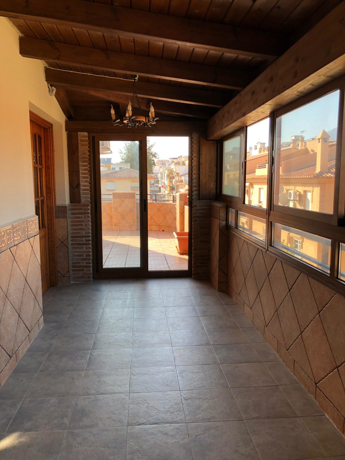 Excellent penthouse located in Las Lagunas, closed to Fuengirola. Corner house with large terrace wi,Spain