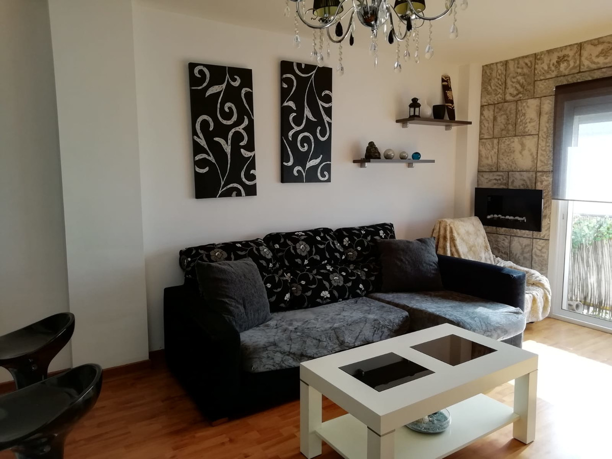 Excellent apartment in Fuengirola, completely equipped and furniched. Quiet area, near to center and, Spain