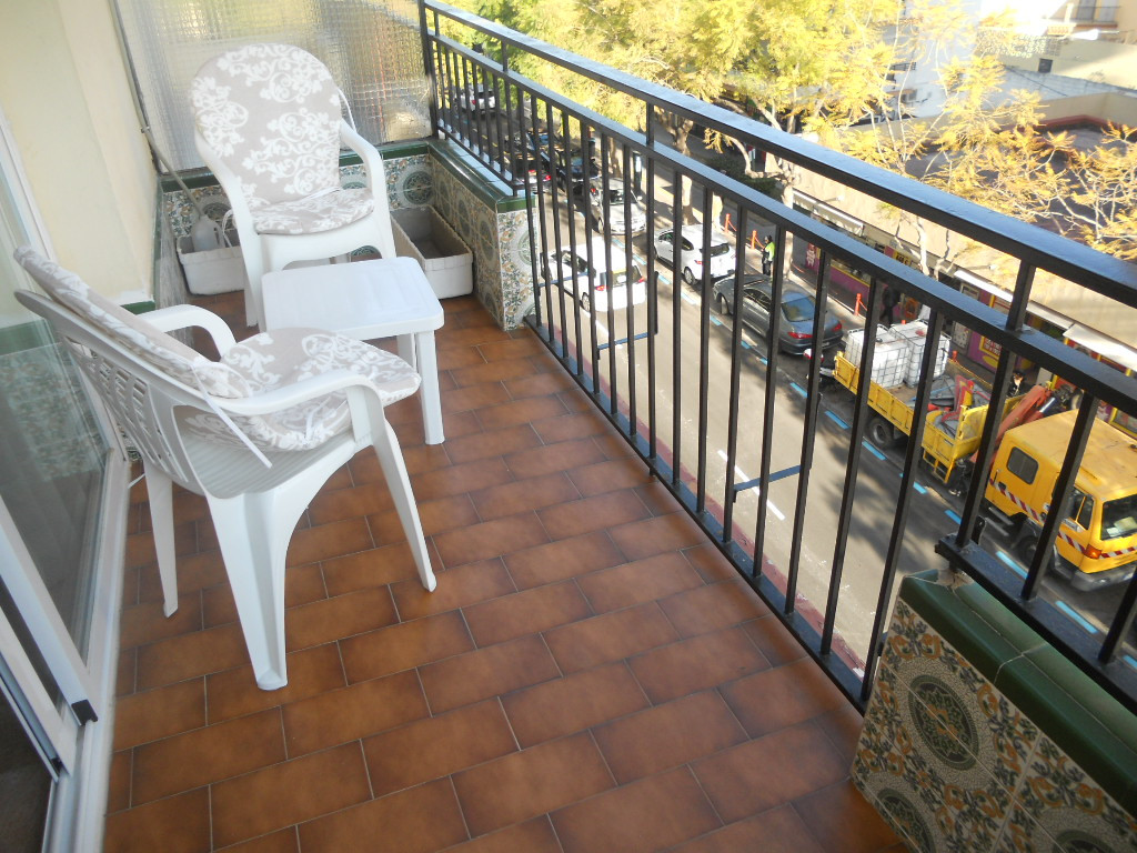 Spacious apartment in the center of Fuengirola, completely refurbished with changes in electricity a,Spain